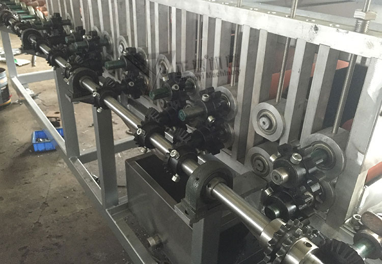 Gear rail transmit